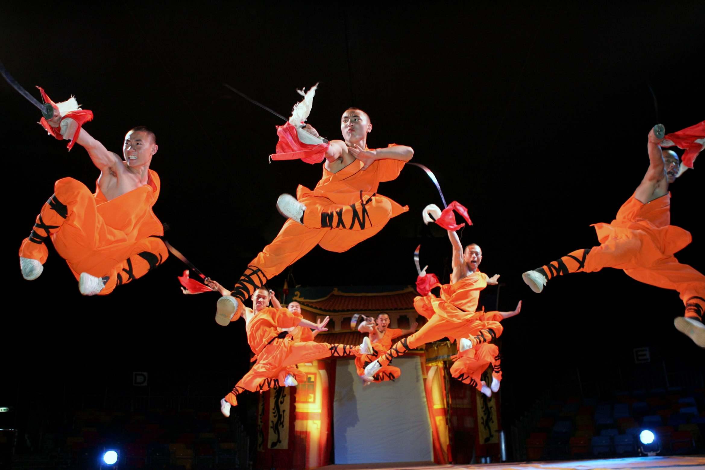 Asian Circus 115